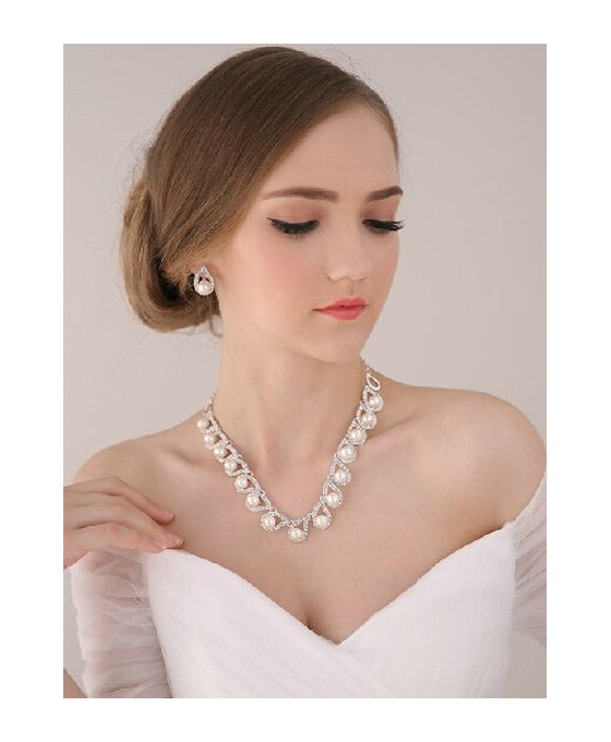 gorgeous-alloy-wedding-jewelry-including-necklace-and-earrings
