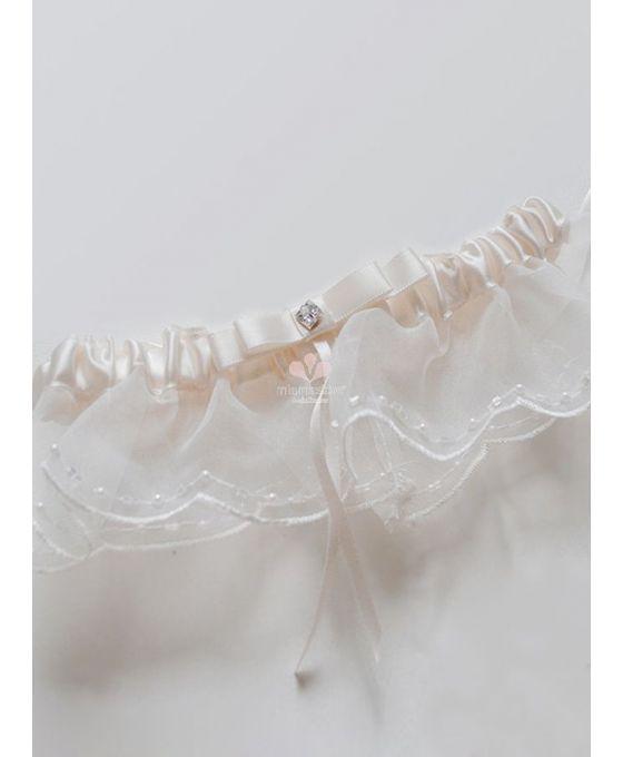 giarrettiera-sposa-molto-fine-avorio-con-dettagli-di-pizzo-e-perline