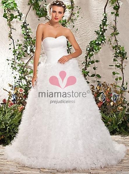 Vestito da Sposa Scollo a Cuore Elegantissimo