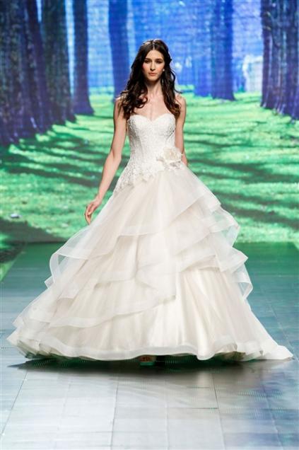 b954c21fd492 abiti-sposa-2016-tendenza-nicole-spose - Blog MiamaStore