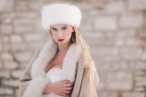 accessori-sposa-d-inverno-colbacco