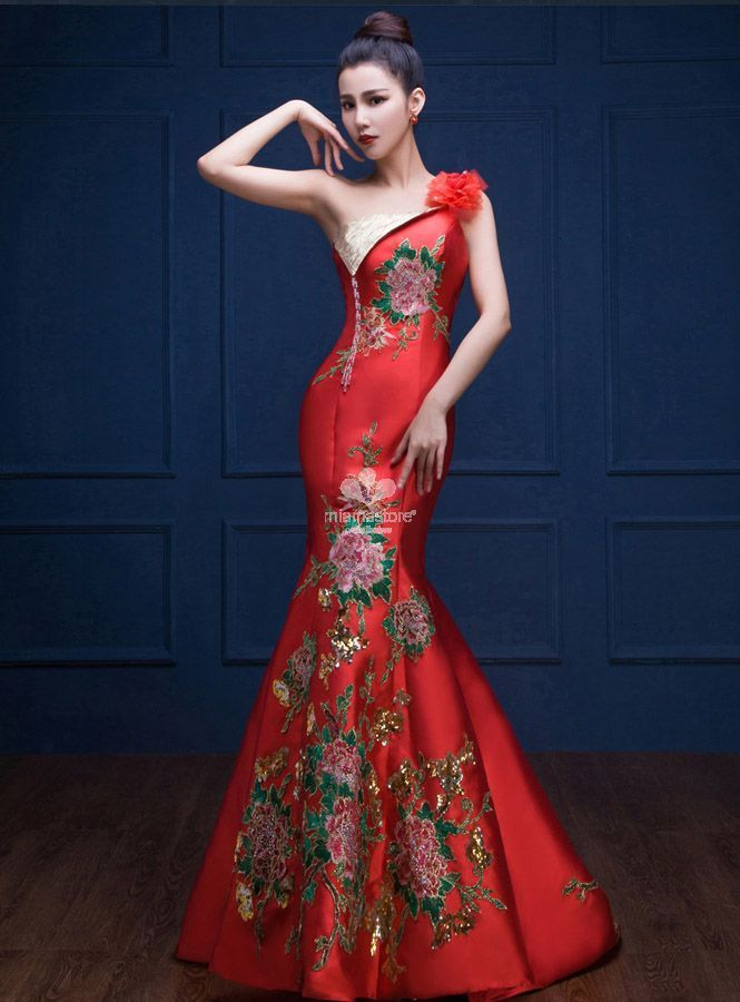 abito-da-sera-elegante-a-sirena-rosso-con-ricami-di-rose-e-paillettes-dorate aeccbdf358b