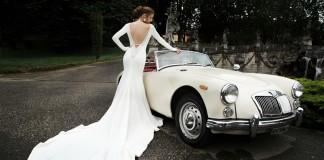 pro-e-contro-strascico-abiti-da-sposa