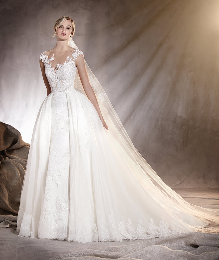 30c1087cf347 tendenze-sposa-2017-pronovias