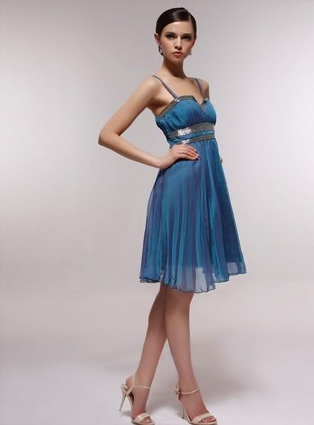 b3fd6b8da096 100matrimoni - Post con tag Bellantuono ... vestiti-da-cerimonia-per- damigelle-corti-blu