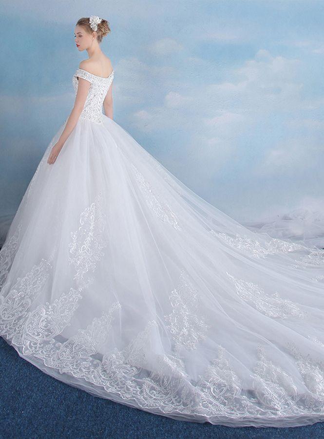 69b8c3790f4d avito da sposa principessa con strascico lungo ...