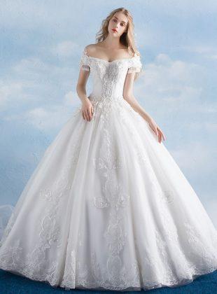 Abiti-da-sposa-principessa-online-economici-con-pizzo