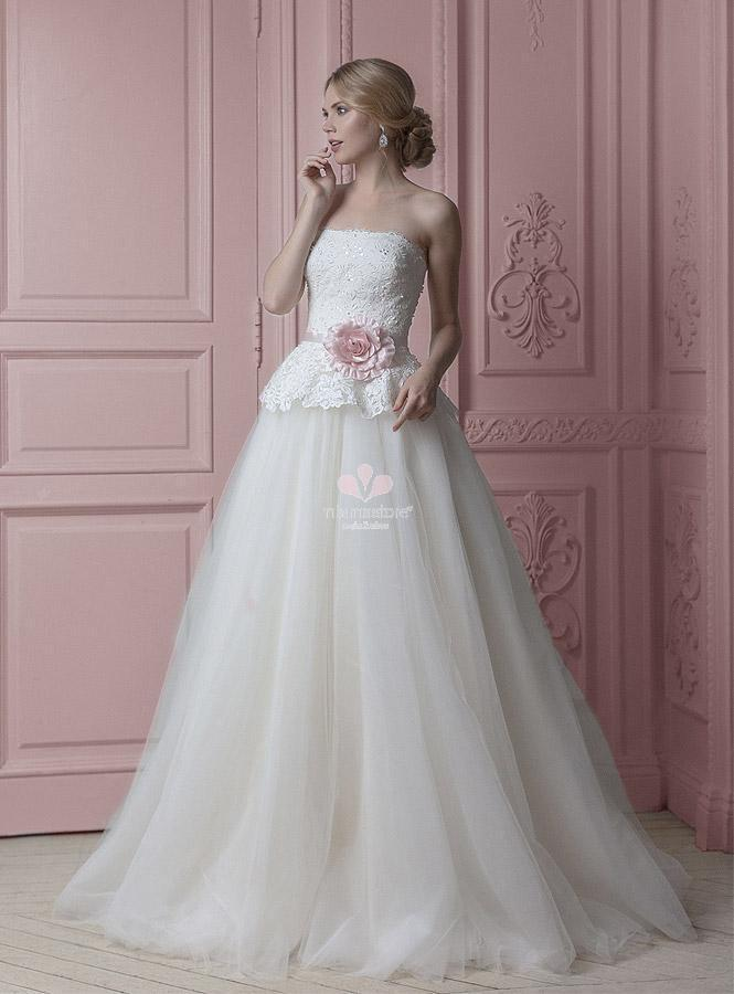315dc6142bd5 abito-da-sposa-classico-con-gonna-in-tulle-e-cintura-colorata - Blog ...